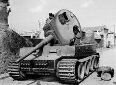 knocked out tank photos | Knocked out Mk VI Tiger tank at Belpasso, Sicily, 1943