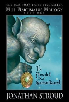 The Amulet of Samarkand (Bartimaeus by Jonathan Stroud. Nathaniel, a magician's apprentice, summons up the djinni Bartimaeus and instructs him to steal the Amulet of Samarkand from the powerful magician Simon Lovelace. I Love Books, Great Books, Books To Read, My Books, Amazing Books, Book 1, The Book, Book Series, Jonathan Stroud