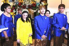 Presiden Joko Widodo menggelar acara syukuran tujuh bulanan kehamilan menantunya, Selvi Ananda, di kediaman pribadinya di Solo, Jawa Tengah