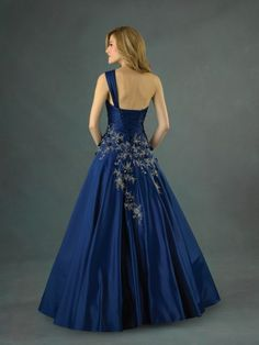 i wish i was going to prom :/ i would love this!