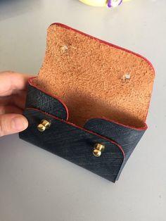 Business card holder/ Origami coin and card wallet/ Business card case/ Minimal design/ Men's card s Leather Wallet Pattern, Leather Card Wallet, Leather Pouch, Leather Tooling, Leather Purses, Leather Art, Leather Gifts, Leather Bags Handmade, Leather Design