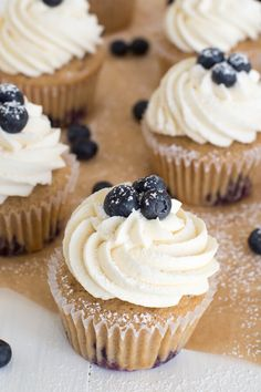 Blueberry French Toast Cupcakes are irresistible! A cinnamon maple cake is topped with maple buttercream frosting and fresh blueberries. Blueberry Cupcakes, Blueberry Recipes, Yummy Cupcakes, Single Serve Desserts, Just Desserts, Delicious Desserts, Mini Cakes, Cupcake Cakes, Cup Cakes