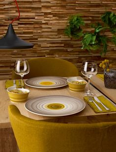 Elegancia original en tonos naturales: Amarah #vajilla #Tableware #elegancia #hotel #restaurante #Amarah #mesa