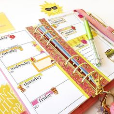 The future's so bright I gotta wear shades. It's supposed to be rainy and cold this week so I had to go super bright and tropical! . Pen is Neverland . Shop link in bio. . #pengems #nouglypens #plannerstickers #kikkikplannerlove #plannernerd #plannergirl #livecolorfully #plannerspread