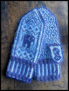 Ravelry: Never Forget Mittens pattern by Bill Thoms