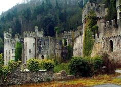 MeGwrych Castle was built between 1812 and 1822 by Lloyd Hesketh Bamford-Hesketh as a memorial to his mother's ancestors, the Lloyds of Gwrych. dieval, Gwrych Castle, Abergele, Wales