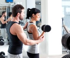 How to become a personal trainer and help your self while helping others stay fit