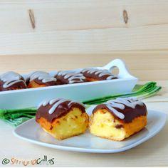 Ecler tradiţional cu vanilie şi glazură fondant My Recipes, Cooking Recipes, Sweet Pie, Food To Make, Pudding, Fondant, Sweets, Homemade, Cookies
