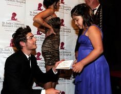 Zac Efron making a new friend, this is why i love him!