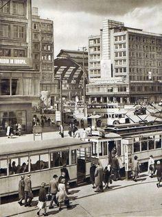 Berlin, Alexanderplatz, 1952. Fotograf unbekannt.