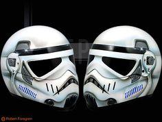 Stormtrooper Motorcycle helmet Omg yes! Motorcycle Helmet Design, Motorcycle Bike, Bicycle Helmet, Bike Helmets, Star Wars Helmet, Helmet Paint, Custom Helmets, Harley Davidson Street Glide, Motorbikes
