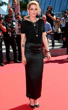 Woke Up Like This from Fashion Police  Kristen Stewartlooks like shejust rolled out of bed, threw on some clothes and hopped on the Cannes red carpet. It's unfortunate because the actress' unkempt appearance makes this couture Chanel outfit look like Forever 21.