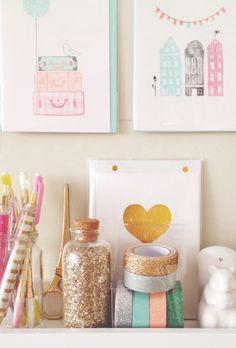sparkles, gold, stationery