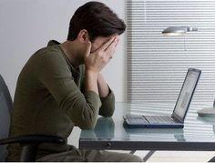 Iti simti ochii obositi cand stai la calculator? Afla cum sa iti imbunatatesti natural vederea in timp ce lucrezi ore in sir la calculator.