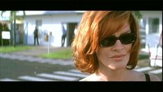Photo of Rene Russo from The Thomas Crown Affair Crown Hairstyles, Bob Hairstyles, Kiss Makeup, Hair Makeup, Thomas Crown Affair, Rene Russo, Color Style, Michael Kors Fashion, Hair Images