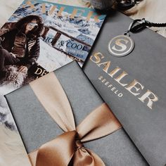 #dasperfektegeschenk 💕💕💕 .  .  .  #sailerstyle   #musthave   #sailerseefeld   #fashionaddict   #welovefashion   #fashionmagazine   #onlinestore   #onlineshop   #shopping   #shoppingaddict   #fashionstore   #seefeldintirol   #fashion   #look   #style   #outfitoftheday   #shoeoftheday   #justgoshoot   #fashioninsta   #menwithstyle   #OOTD   #OOTN   #fashionblogger   #styleblogger   #germanstreetfashion  #2k17 German Street Fashion, High Fashion, Mens Fashion, Elegant, Fashion Addict, Just Go, Must Haves, Outfit Of The Day, Ootd