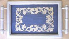 Tabuleiro Contemporâneo (Artesanato) por Vanda Estriga Estanho sobre madeira pintada de azul e cinza