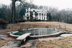 Awesome abandoned plantation estate in Va