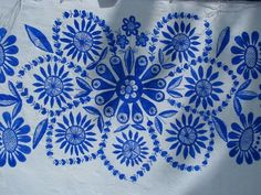 Agnes Karparkova, from the Moravian village of Louka, in Slovakia, is a master house painter who spends her time decorating her neighbors' homes. Summer Painting, Love Painting, Mural Painting, Motif Floral, Arte Floral, Folk Art Flowers, Flower Art, Mural Floral, House Painter