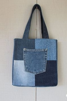 ideas easy patchwork patterns tote bags for 2019 Denim Bag Patterns, Bag Patterns To Sew, Tote Pattern, Patchwork Patterns, Denim Tote Bags, Denim Purse, Diy Jeans, Artisanats Denim, Jean Diy