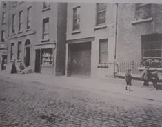 Houses on Peter Street shortly before demolishing in 1890s to make way for Jacobs Biscuit factory, some of these houses were already well over 100 years old.