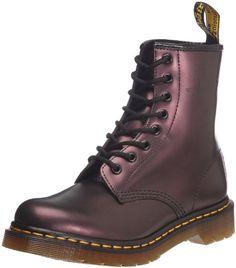 Dr Martens 1460 W Shimmer, Boots femme - Violet (Purple), 41 EU (7 UK) Dr. Martens http://www.amazon.fr/dp/B000W02ZWE/ref=cm_sw_r_pi_dp_F-Ohvb0QZT380