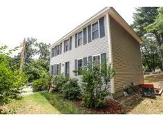 #FORSALE - 3 Bedroom, 2 Full Bath Colonial Detached Condo in #Nashua NH - $255,000.00