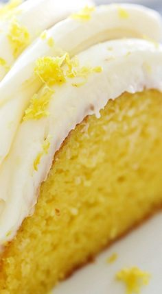 Zitronen-Bundt-Kuchen Chef im Training diabeetus recipes Lemon Dessert Recipes, Cake Mix Recipes, Lemon Recipes, Lemon Pudding Cake, Easy Lemon Bundt Cake Recipe, Easy Lemon Cake, Moist Lemon Pound Cake, Lemon Cake Mixes, Lemon Cakes