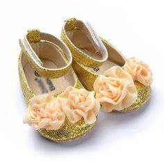 Retail baby girl prewalker shoes gold bling floral beautiful girl shoes soft sole,learning walk,infant footwear free shipping-in First Walke...