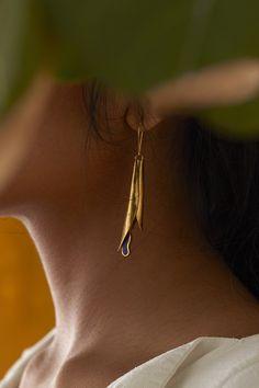 Jewelry Model, Photo Jewelry, Cute Jewelry, Jewelry Accessories, Fashion Accessories, Jewelry Design, Gold Jewelry, Jewelry Editorial, Jewelry Photography