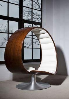 The Hug Chair by Gabriella Asztalos