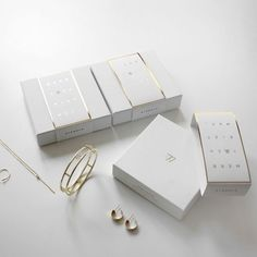 Packaging Box, Necklace Packaging, Luxury Packaging, Jewelry Packaging, Brand Packaging, Jewelry Branding, Packaging Inspiration, Packing Jewelry, Jewelry Logo