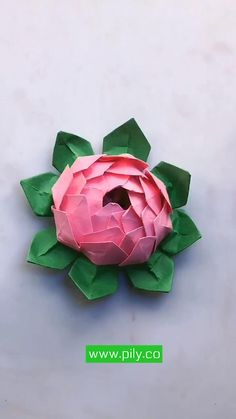 Cool Paper Crafts, Paper Flowers Craft, Paper Crafts Origami, Flower Crafts, Diy Flowers, Diy Crafts Hacks, Diy Crafts For Gifts, Diy Arts And Crafts, Paper Flower Tutorial