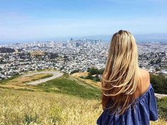 Hotels-live.com/pages/sejours-pas-chers - Best view over San Francisco  #bestview #sanfrancisco #twinpeaks #twinpeaksvistapoint #california #explore #usa #traveling #reisen #traveladdict #loveit #views #sunny #aroundtheworld #travelblogger #misseverywhere #traveltips Hotels-live.com via https://www.instagram.com/p/BFW4r9Sneig/