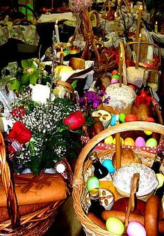 Many Pascha baskets!!