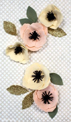DIY Felt Flower Anemone Tutorial with free printable templates from Lia Griffith