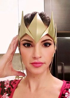 Selling raw printed Mera Crowns from the Aquaman movie Comes in 2 parts. This is a raw print DIY Kit, so you will have to finish yourself. Aquaman Cosplay, Cosplay Diy, Diy Crown, Diy Kits, Cat Eye Sunglasses, Headpiece, 3d Printing, Make Up, Princess