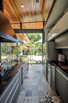 ladrilho / Piso para cozinha: como escolher o modelo perfeito? #hogarhabitissimo