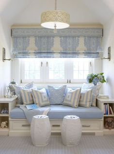 Cléa Vitória - Home sweet home Love this window seat for my sewing room. Interior Exterior, Interior Design, Interior Decorating, Decorating Ideas, Decor Ideas, Deco Champetre, Sweet Home, White Decor, My New Room
