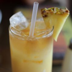 Andalusian Nights Cocktail from Spice Road Table in Epcot - Apricot Brandy, Myers Dark Rum and Orange Juice, and Pina Colada! #disneydining