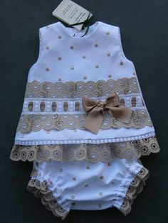 Best 9 Emilse sofía s 156 media analytics – Artofit – Page 324048135687282566 – SkillOfKing. Toddler Dress, Toddler Outfits, Baby Dress, Kids Outfits, Sewing For Kids, Baby Sewing, Baby Girl Fashion, Kids Fashion, Little Girl Dresses