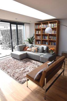 Uitbouw met daklicht : Moderne woonkamers van Lumen Architectuur