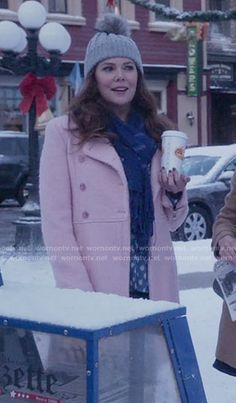 Lorelai's pink coat on Gilmore Girls: A Year in the Life. Outfit Details: https://wornontv.net/62594/ #GilmoreGirls