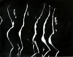 by Gjon Mili (LIFE Magazine Photographer) - Strobascopic Nude Dancer Funny Wedding Photography, Photography Camera, Glamour Photography, Dance Photography, Artistic Photography, Photography Business, Abstract Photography, Food Photography, Gjon Mili