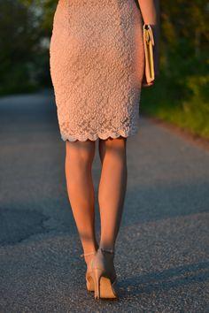 6.pink lace dress