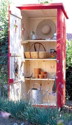 DIY ~ Outhouse Garden Shed