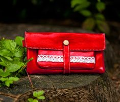 Portemonnaie Geldbeutel Brieftasche rot von Fleur Noire-Schmuckdesign by Polarkind auf DaWanda.com für 18,90 €