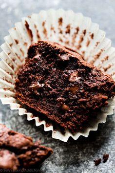 TRIPLE chocolate muffins! Easy recipe