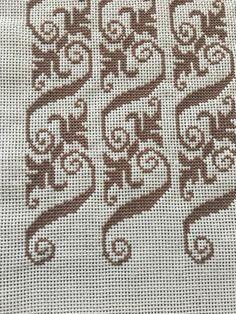 Tiny Cross Stitch, Cross Stitch Pillow, Cross Stitch Borders, Cross Stitch Designs, Cross Stitching, Cross Stitch Embroidery, Cross Stitch Patterns, Hand Embroidery Design Patterns, Palestinian Embroidery