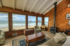 Oceanside Vacation Rental - VRBO 76687 - 2 BR Northern Coast House in OR, Oceanfront Home W/ Incredible Ocean Views! Three Arch Rocks